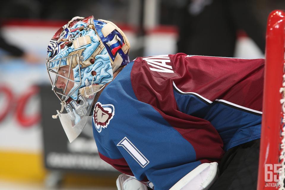 Semjon Varlamov on keskustelun aihe vaikkei edes pelaisi.