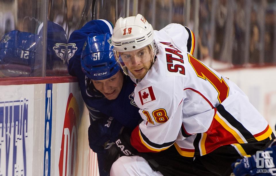 Canucksin ja Flamesin sarjasta ei tule kamppailupeliä puuttumaan.