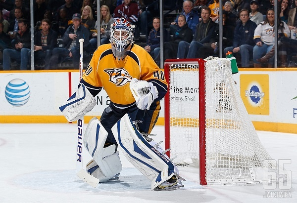 Dubnyk pelasi viime kaudella Predatorsissa.
