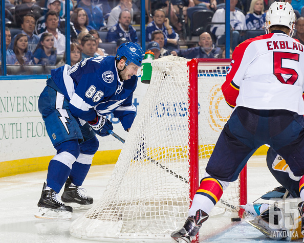 Nikita Kutšerov oli NHL:n pistepörssin kärkinimiä ja johtaa nyt Venäjän kivenkovaa hyökkäystä.