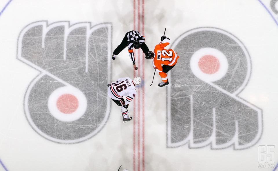 Michael Raffl jatkaa Flyers-paidassa ainakin seuraavat kolme vuotta.