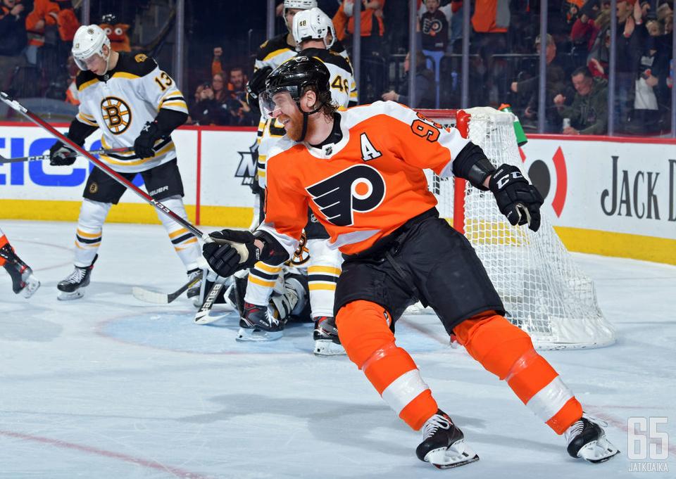 Jakub Voracek oli Flyersin sankari.