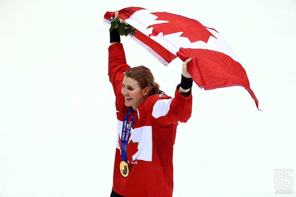 Hayley Wickenheiser voitti urallaan neljä olympiakultaa.