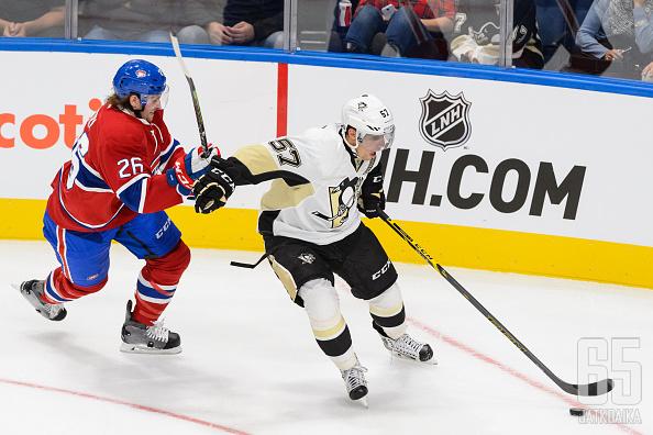 Canadiensilta löytyy luottamusta Jeff Petryyn (vas.)