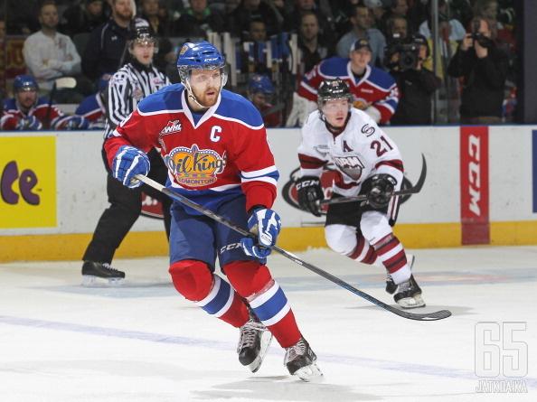 Reinhart on Edmontonissa tuttu juniorijoukkue Oil Kingsin kapteenina.