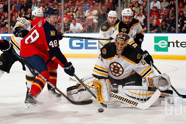 Tuukka Rask torjui Bruinsille voiton Panthersista.