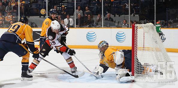 Viimeisimpänä Santorelli kiekkoili Anaheim Ducksissa.