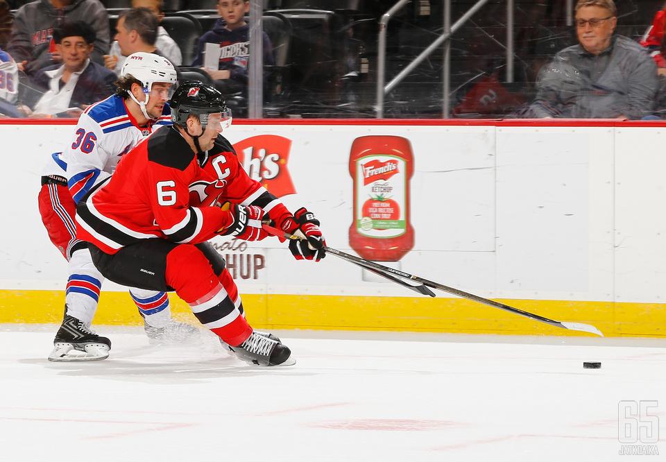Rangersin ehdokas on Mats Zuccarello, Devilsin Andy Greene.