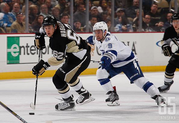 Pittsburgh Penguinsin ja Tampa Bay Lightningin välisestä kamppailusta ei tule ainakaan vauhtia puuttumaan.