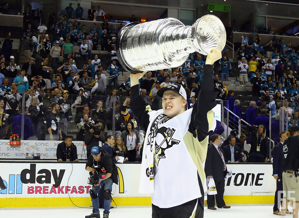 Olli Määttä voitti Penguinsissa kaksi Stanley Cupia.