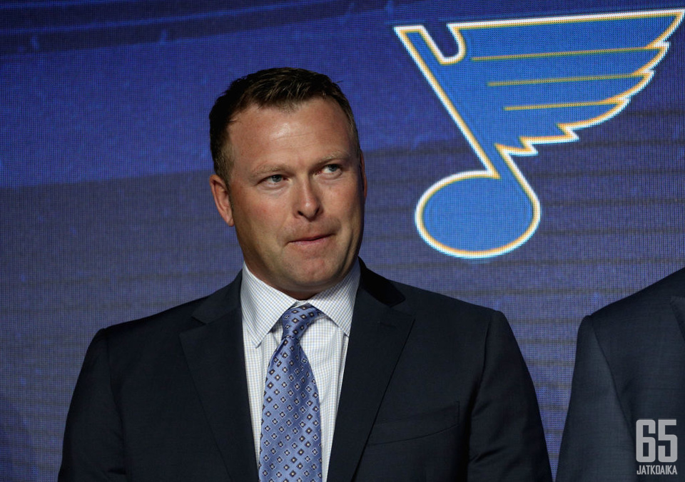 Brodeur on St. Louis Bluesin apulais-GM.
