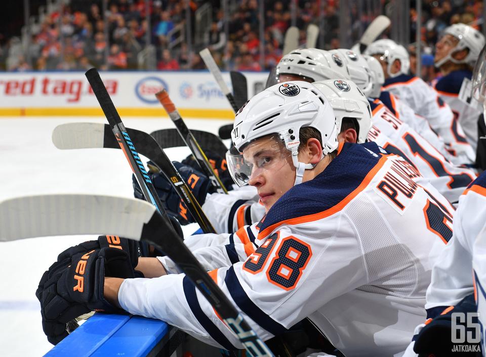 Puljujärveä ei ole vielä tällä kaudella nähty Oilers-kokoonpanossa.