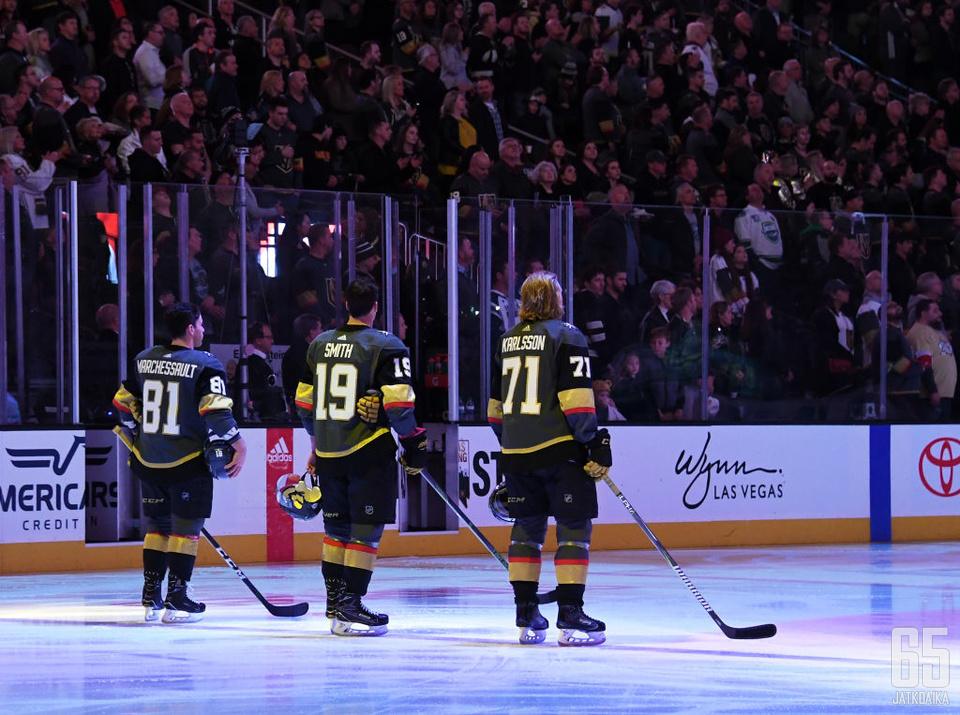 Kolme muskettisoturia − Marchessault, Smith ja Karlsson ovat olleet Golden Knightsin tulokaskauden kulmakiviä.