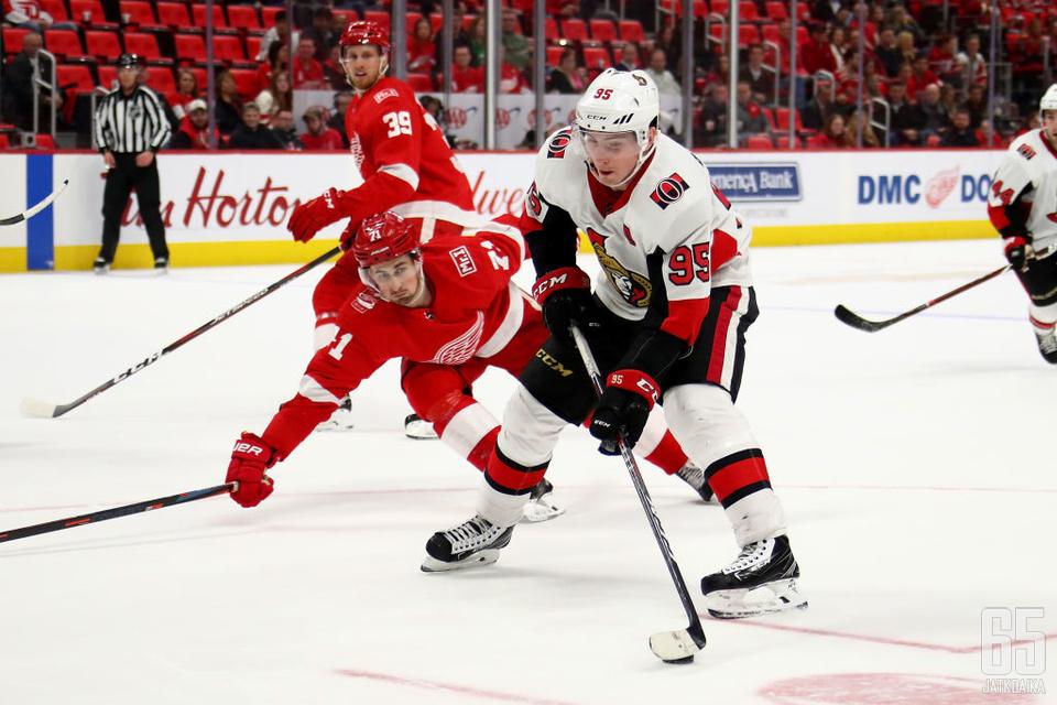 Matt Duchene ja muut Senators-pelaajat jäivät nollille.