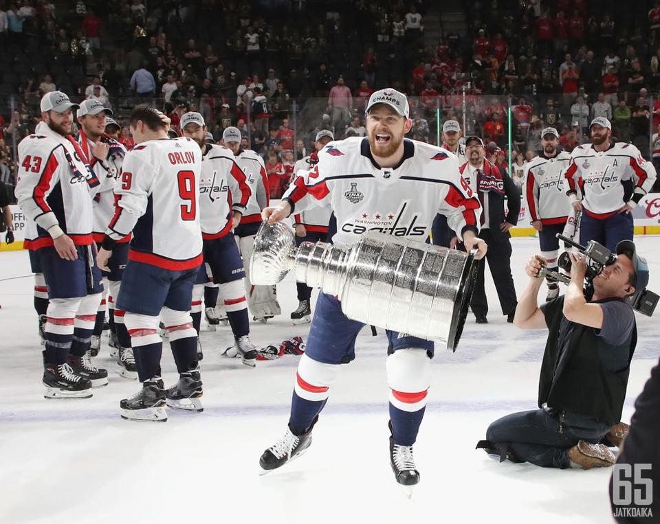 Jevgeni Kuznetsov − tuore Stanley Cup -mestari ja pudotuspelien pistepörssin voittaja.