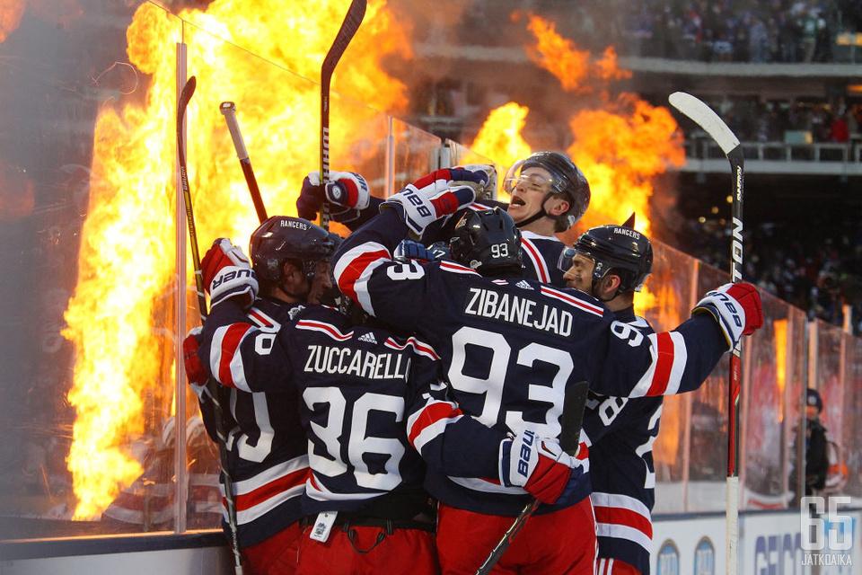 New York Rangers vei nimiinsä energisen talviklassikon.