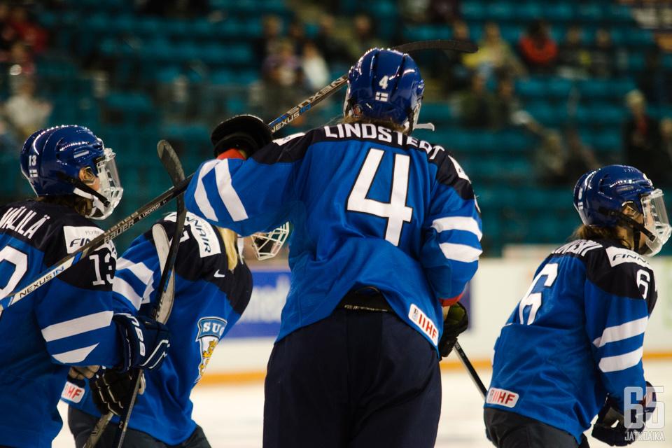 Rosa Lindstedt teki Suomen ainoan maalin ensimmäisen erän lopulla.