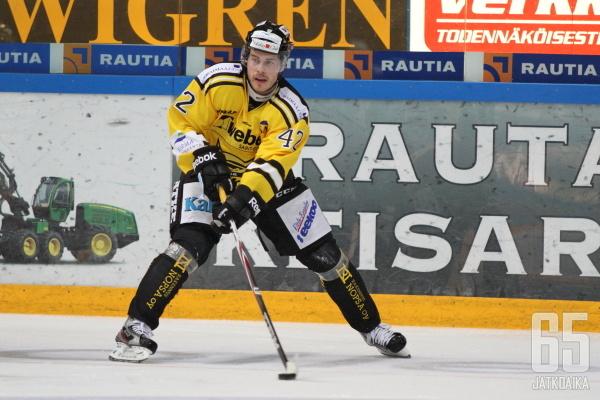 Tommi Jokinen kantaa myös ensi kaudella keltaista paitaa, mutta KalPassa.