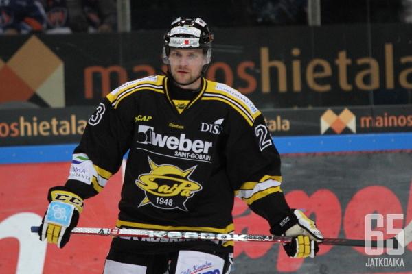 SaiPaa tällä kaudella edustanut Antti Bruun matkaa Hämeenlinnaan.