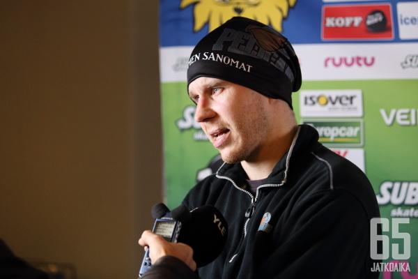 Jesse Niinimäen kausi jatkuu Ruotsissa.