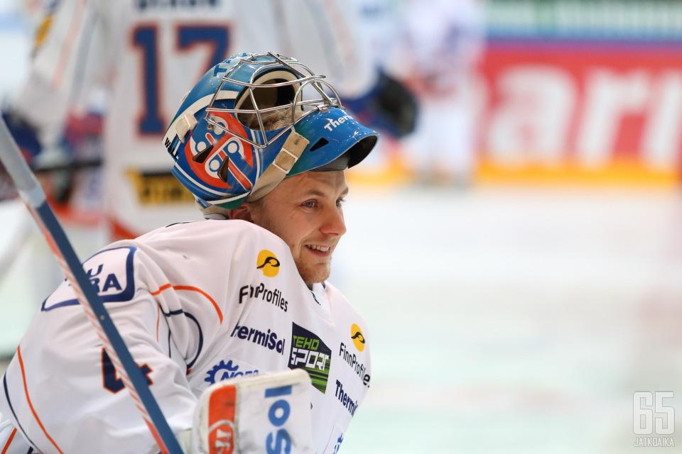 Peltonen pääsi pelaamaan kolmessa Liiga-ottelussa viime kaudella.
