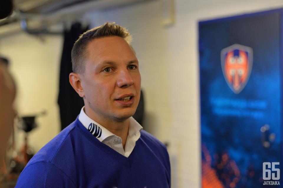 Jussi Tapola on Tapparan päävalmentaja 1.5.2020 alkaen.
