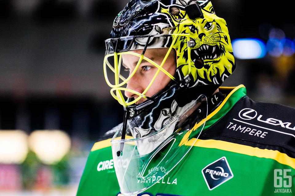 Ilves laskee tänään paljon tšekkimaalivahti Lukáš Dostálin varaan, joka pelasi eilen kauden ensimmäisen liigapelinsä.