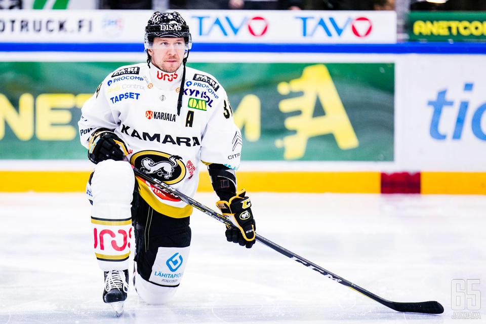 Jussi Jokisen peli päättyi kolmannen erän puolivälissä.