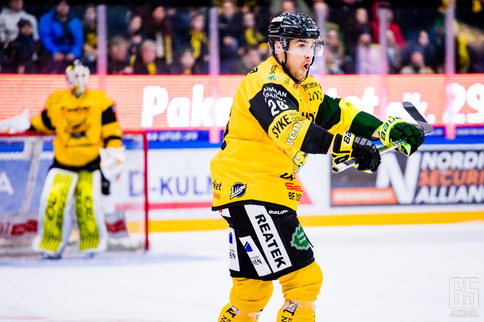 SaiPa-pelaajia turhauttivat niin lukuisat jäähyt kuin viimeisen sekunnin menetetty mahdollisuus.