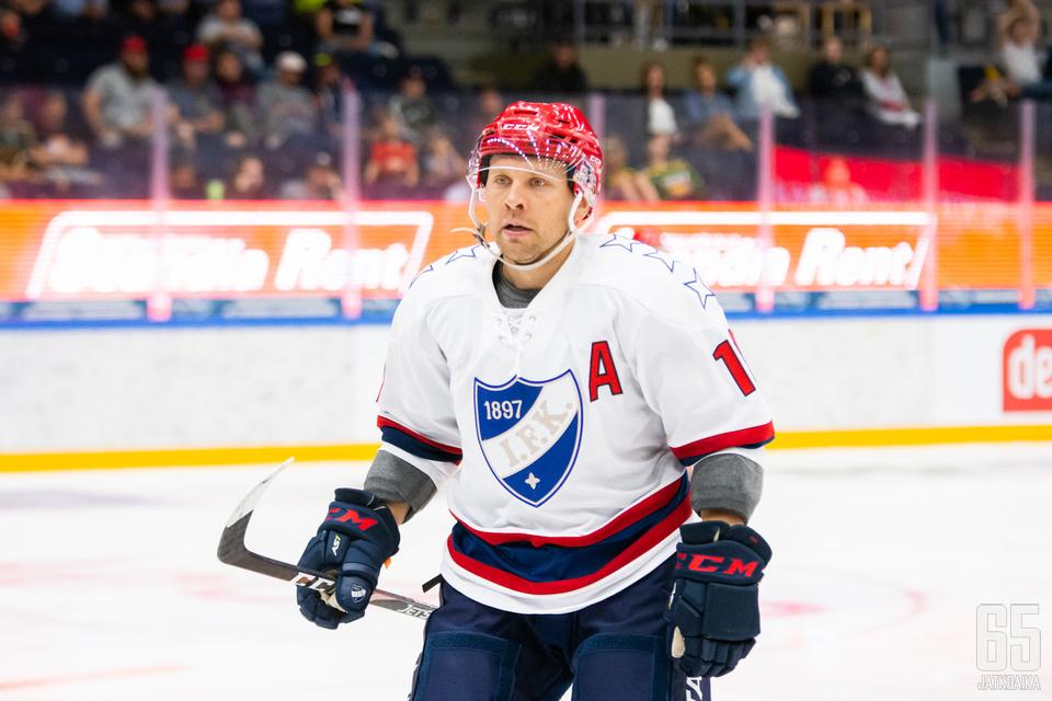 Keränen kantoi Tampere Cupissa varakapteenin A-kirjainta.