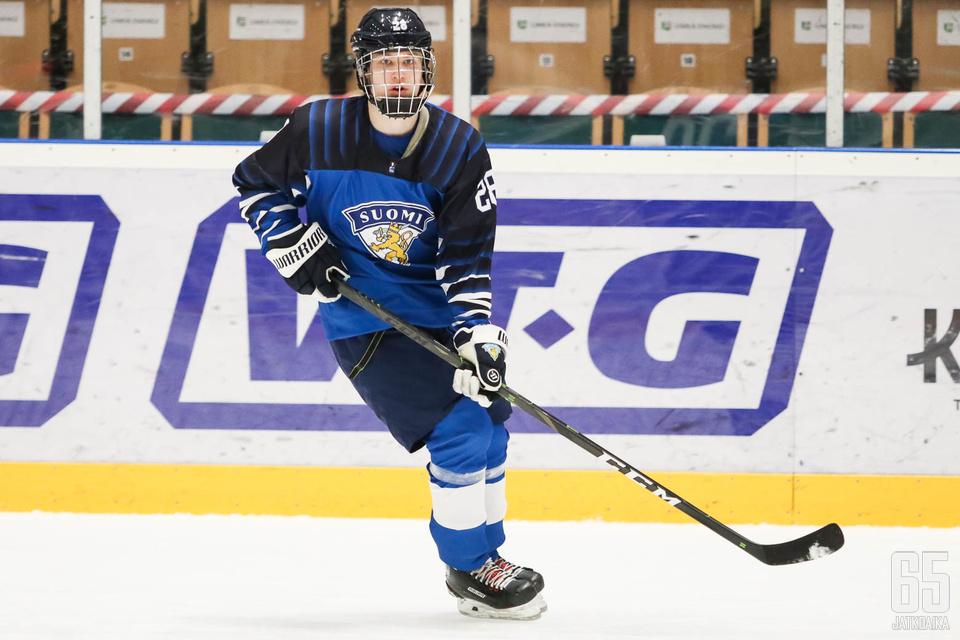 Roni Hirvonen oli mukana Pikkuleijonien MM-joukkueessa.