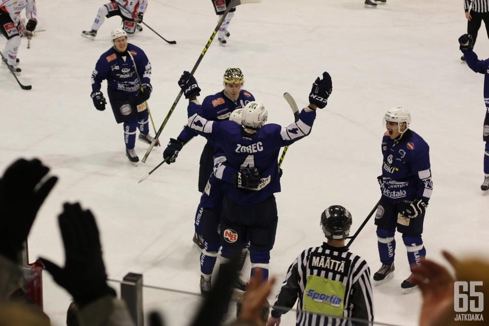 Zorec jatkaa pelejään Rovaniemellä.