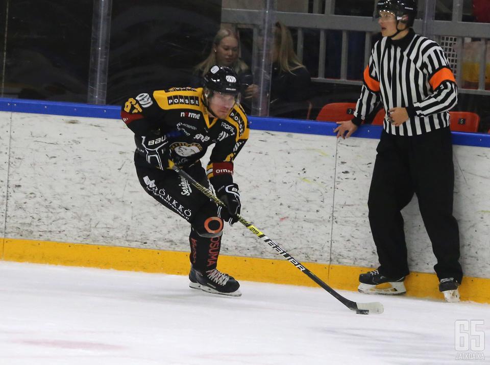 IPK:n Julius Rantaeskola rankaisi entistä joukkuettaan tehopisteillä 1+1.