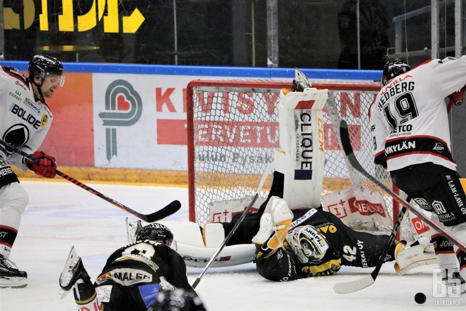 Patrik Rybár hämmästytti Raksilan yleisöä ilmiömäisellä pelillään.