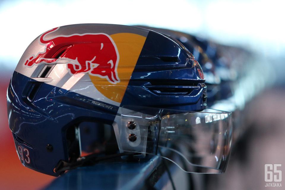 Liigassa saatetaan lähitulevaisuudessa nähdä Veikkauksen kultakypärien lisäksi Red Bull -kypärät.