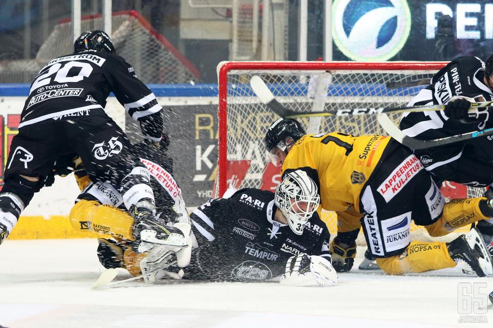 Rasmus Tirronen taisteli nollapelin.