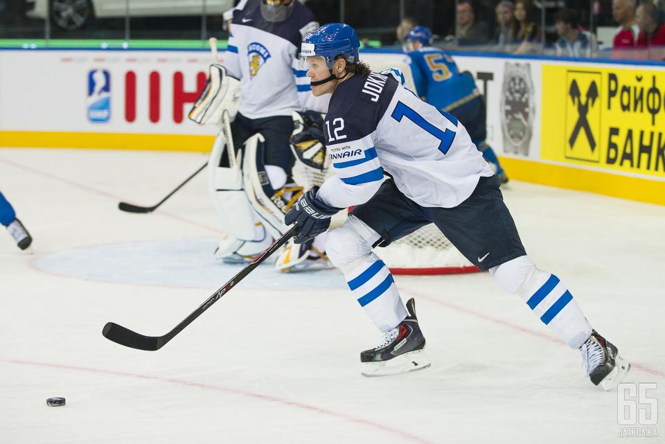 Jokinen ehti kantaa urallaan Suomen pelipaitaa useaan otteeseen.