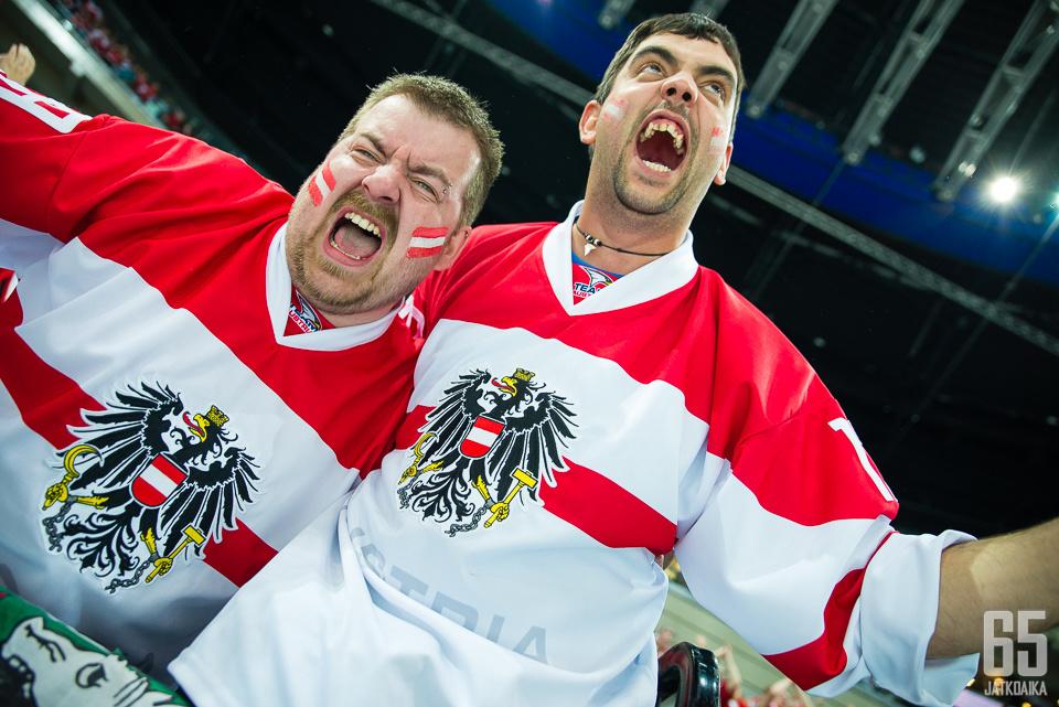 Itävallan joukkue kärsii pelikiellosta.