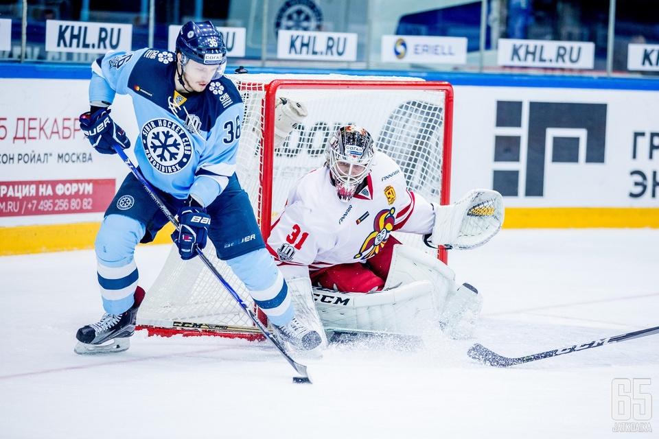 Karri Rämö palasi Jokereiden maalille loukkaantumisen jälkeen. Ottelu oli Rämölle vasta kauden toinen.