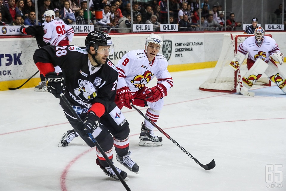 Maksim Jakutsenja johdatti seuran kaudella 2012-13 finaaleihin asti.