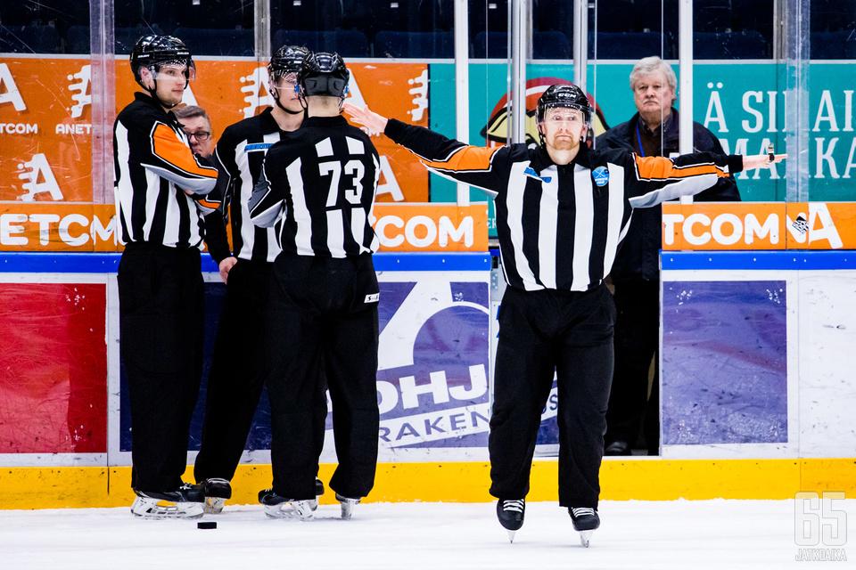 Suomi-sarjasta ei noustu ensi kaudelle Mestikseen.