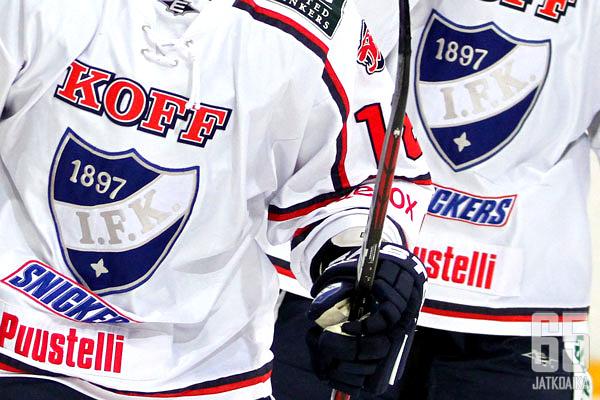 IFK vahvisti puolustustaan.