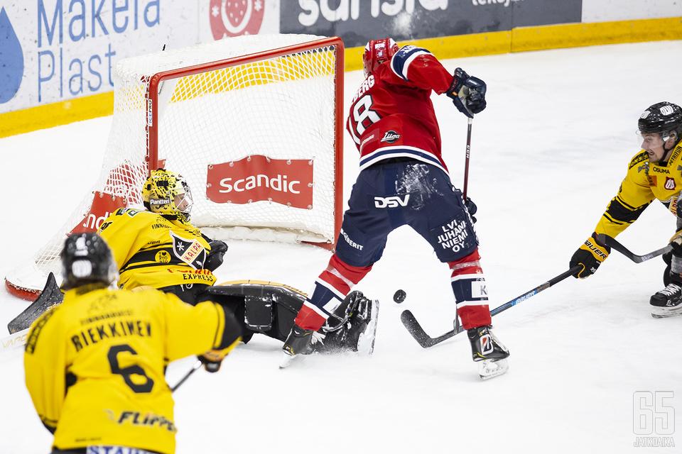 HIFK:n ylivoima pyöri välillä mallikkaasti.