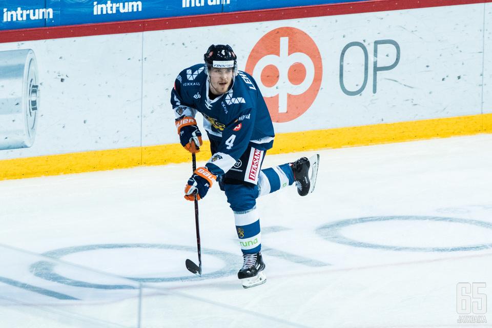 Mikko Lehtosella on edessään ensimmäinen KHL-kausi.