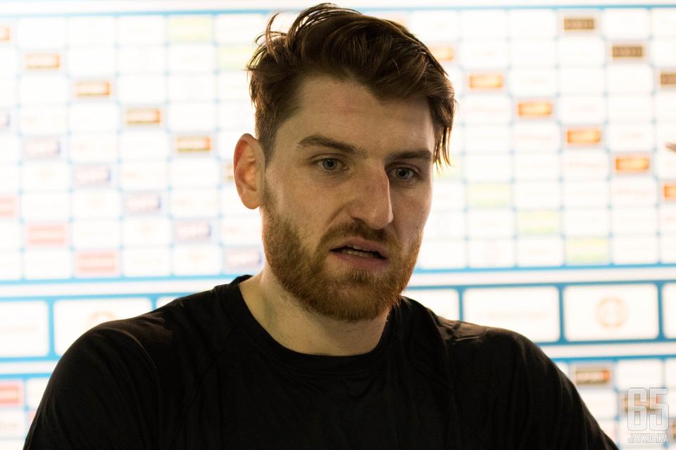 Jakub Nakladal oli pelin jälkeen mietteliäs voitosta huolimatta.