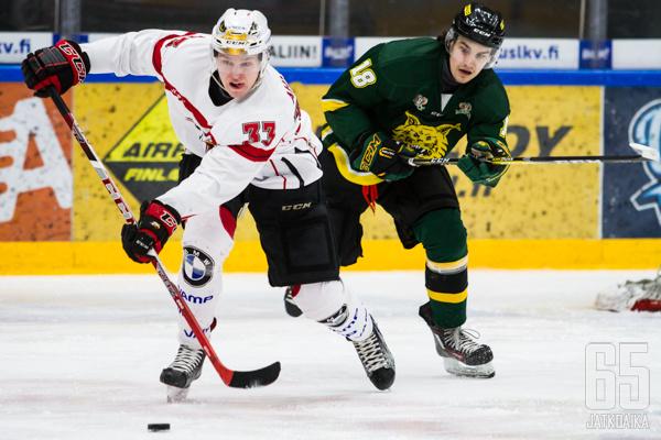 Ahlmark edusti juniorivuosinaan Sportia.