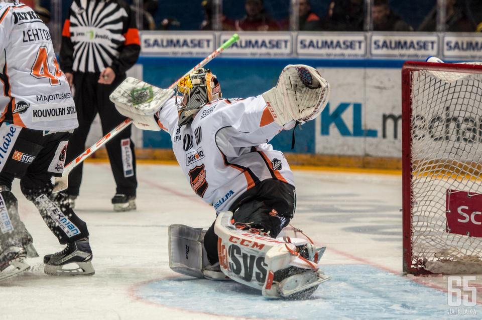 Järvenpää koppaa tulevallakin kaudella kiekkoja Kouvolassa.