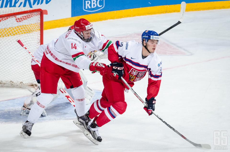 Vesely pelasi talvella alle 20-vuotiaiden MM-kisoissa.