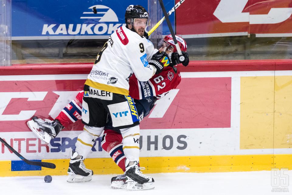 Kärpät jyrää HIFK:n runkosarjassa.