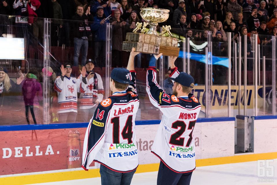 Teemu Lämsän ja Joona Monton kausi huipentui mestaruuteen loukkaantumisesta huolimatta.